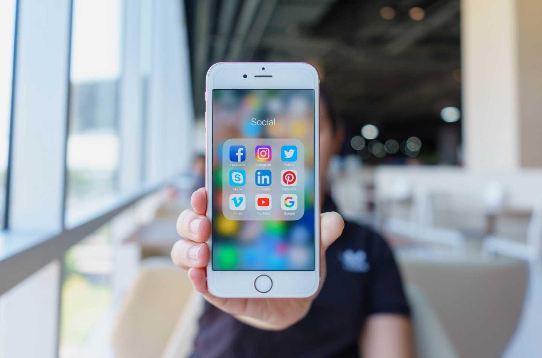 Uso de aplicaciones móviles, herramienta para adquirir seguros