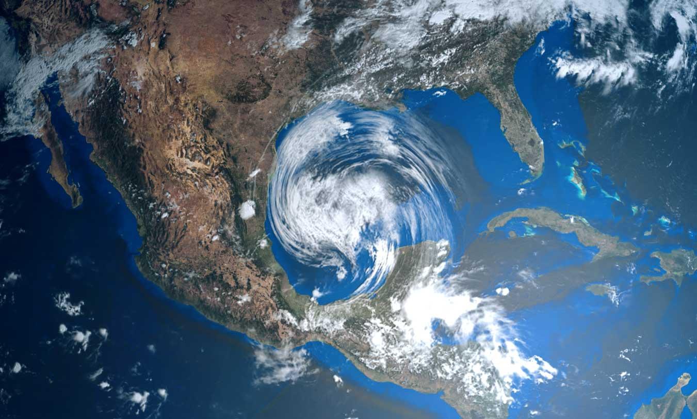 Huracanes llegan entre la pandemia y la falta de una cultura de seguros